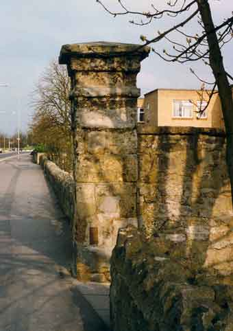 Workhouse pillar