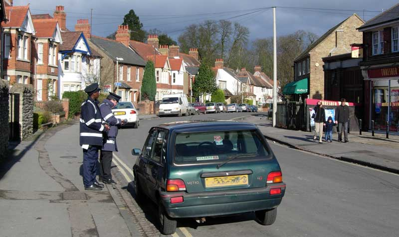 Traffic wardens in Old High Street Sat 11 February 2005