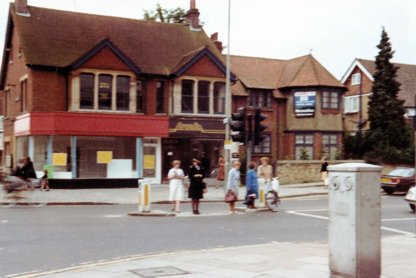 SW corner of Windmill Road in 1982